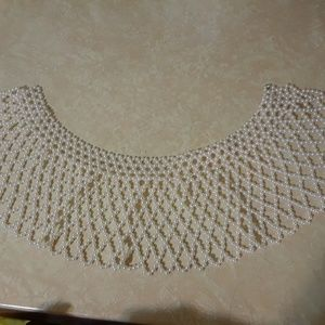 FAUX PEARL WIDE COLLAR NECKLACE OFF-WHITE BEADED